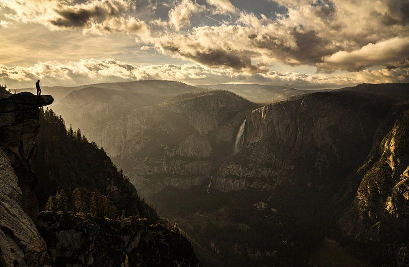 Overhanging Rock van Joris Pannemans - Loris Photography