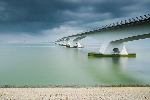 Lange sluitertijd Zeelandbrug (X) van Mirjam Boerhoop - Oudenaarden