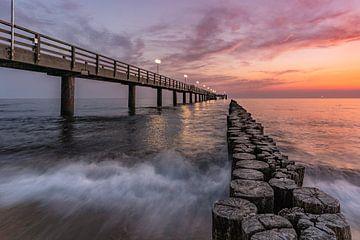 Seabridge Kühlungsborn bij zonsopgang van CherriX_OutisdE