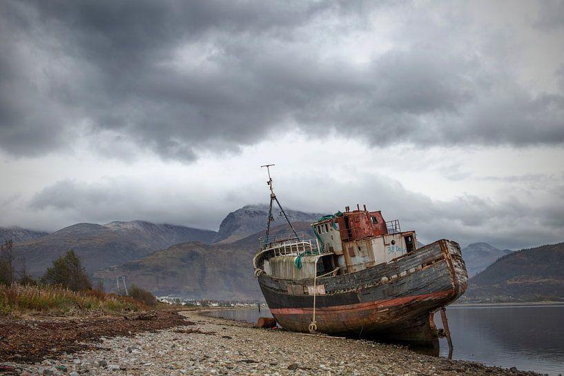 Corpach shipwreck van Gerben van Buiten