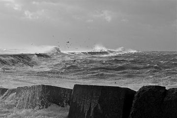 storm op de pier von Robbert goedhart