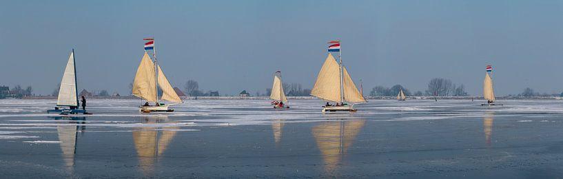 IJszeilen op de Gouwzee, Monnickendam van Rene van der Meer