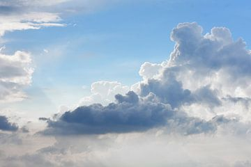 Wolken lucht van Gonnie van Hove