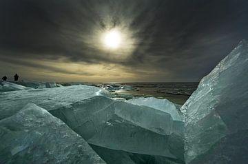 Kruiend ijs 2 van Harrie Muis