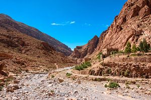 Rivierbedding in de Todra kloof, Marokko