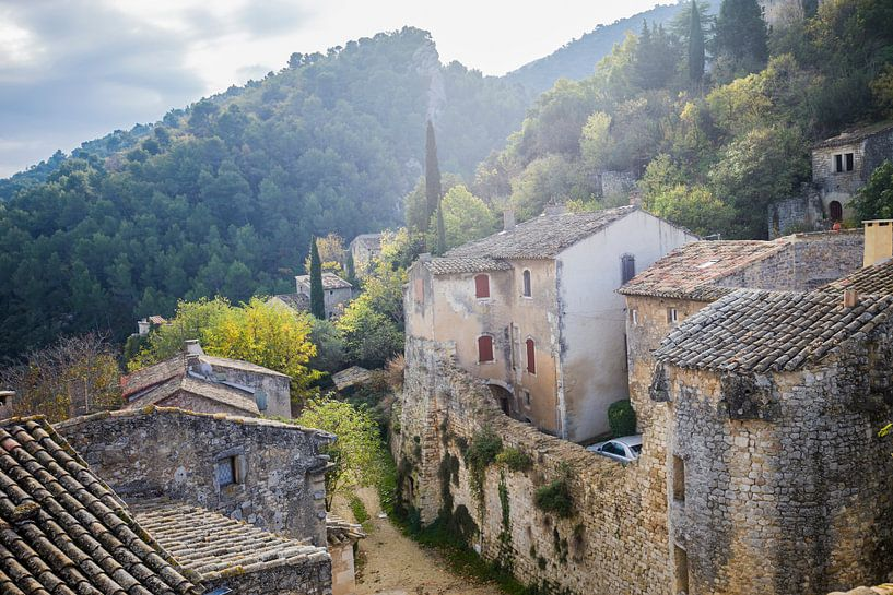 Dorpje in de Luberon in Frankrijk van Rosanne Langenberg