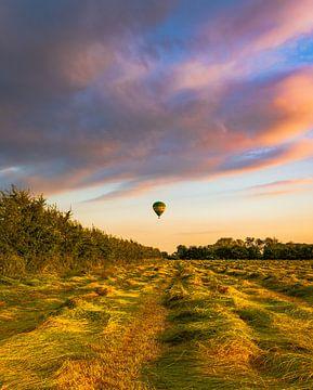 Luchtballon over Oud-Zevenaar van Arjen Uijttenboogaart