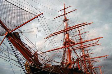 Schip tijdens Sail van Susan Dekker