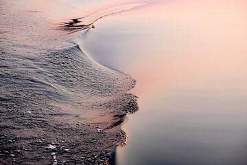 Waves 2 van paul snijders