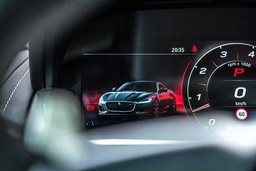Dashboard van de vernieuwde Jaguar F-Type Coupé R van Bas Fransen