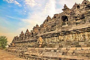 Reliëfs zijkant Borobudur van Eduard Lamping