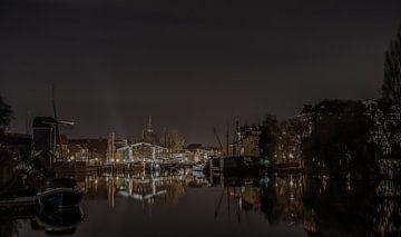 Leiden in de Avond van Dirk Keij-Bron