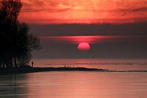Zonsopkomst boven Ijsselmeer