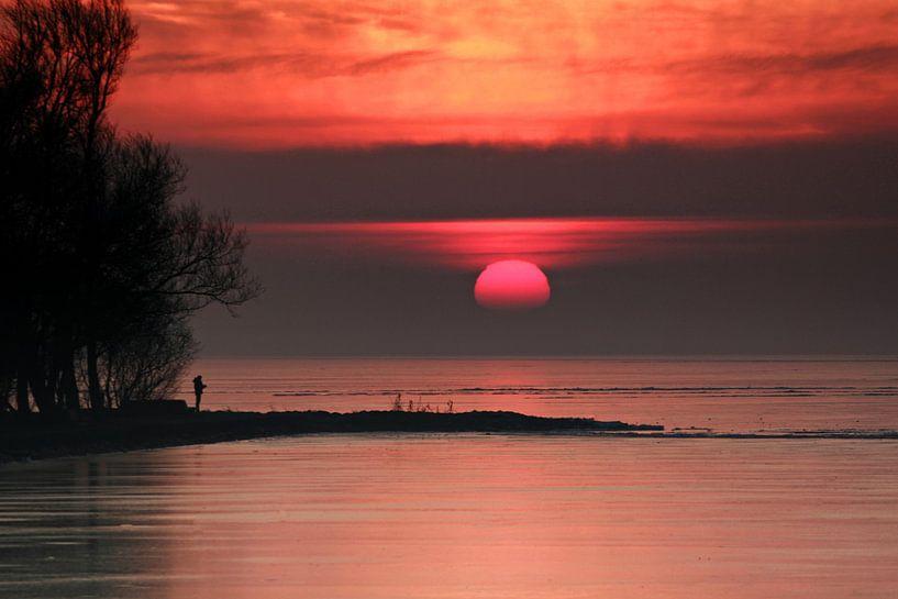 Zonsopkomst boven Ijsselmeer sur Bob Bleeker