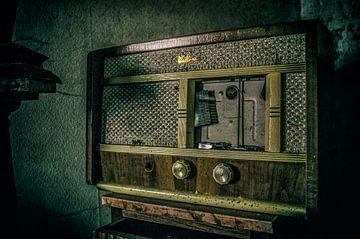 Vintage Radio von Mandy Winters
