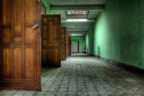 Urbex Oude deuren van