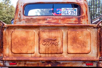 The old Ford van