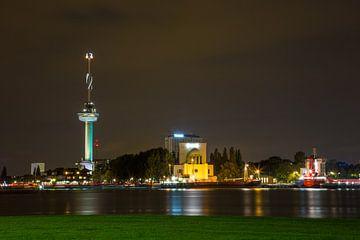 Rotterdam in de Avond met Euromast van