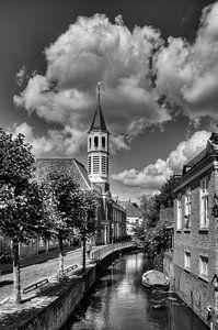 Elleboogkerk en Langegracht historisch Amersfoort in zwart-wit van