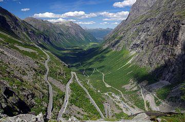 Der Bergpass Trollstigen von Reinhard  Pantke