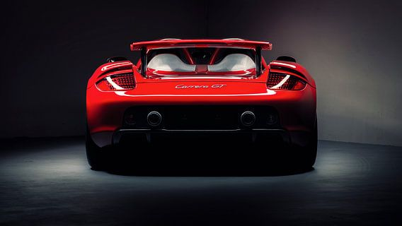 Rode Porsche Carrera GT
