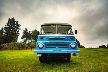 Oldtimer Bus DDR von Johnny Flash