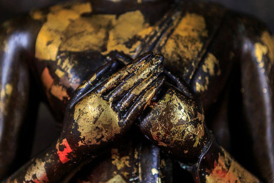 Gouden Boeddha handen