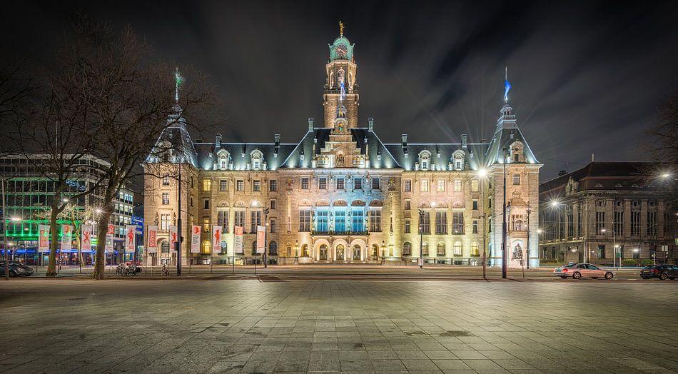 Stadhuis Rotterdam (nachtfoto, 2016)
