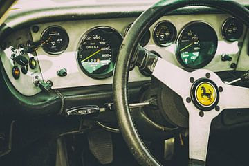 Ferrari 308 GT4 Dino sportauto dashboard van Sjoerd van der Wal