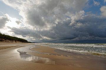 Einsamer Strand von Ralf Lehmann