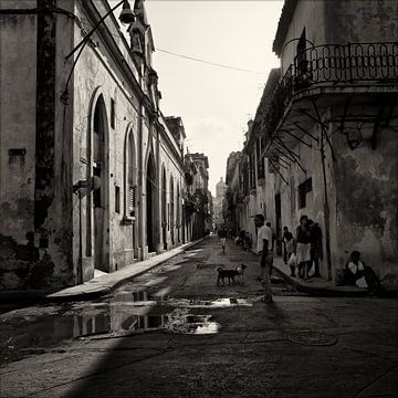 Street in Havana van Cor Ritmeester