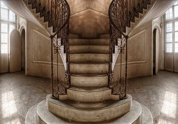Saal mit Artdeco-Treppe von Marcel van Balken