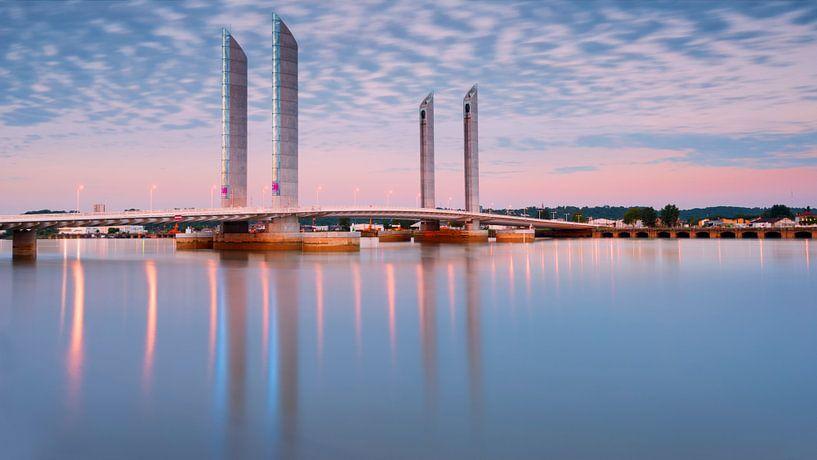 Pont levant Chaban Delmas van Arnaud Bertrande