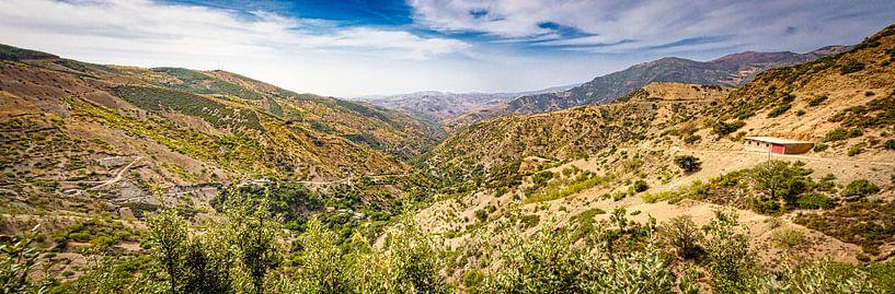 Panorama van het Rifgebergte, Marokko van Rietje Bulthuis