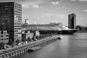 'Mannen aan de Maas' series, De Rotterdam bij het Lloydkwartier
