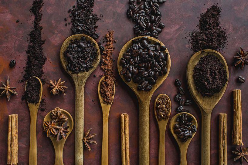 Koffie en kaneel, coffee and cinnamon van Corrine Ponsen