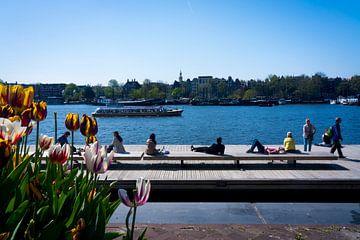 Tulpen & Zomerse dag @ Oosterdok in Amsterdam van John Ozguc