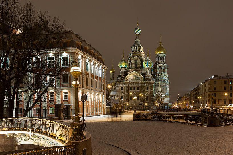 St. Petersburg by night - Russia van Bas Meelker