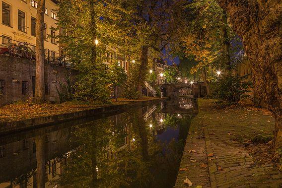 Nieuwegracht in Utrecht in de avond, herfst 2016 - 3 van Tux Photography