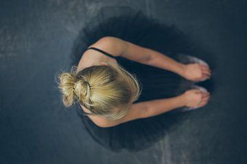 Ballerina (1) von Mirella Lukens