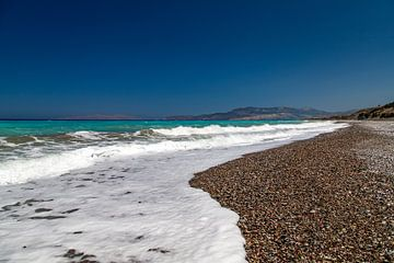 Kiezelstrand op het eiland Rhodos van Reiner Conrad