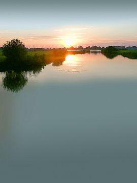 Avondsfeer aan de rivier van Dirk H. Wendt