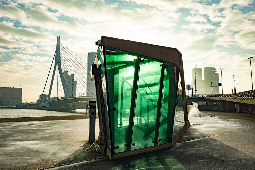 Erasmusbrug in Rotterdam van Michel van Kooten