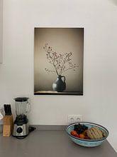 Klantfoto: Blauwe vaas met besjes (gezien bij vtwonen) van Karin Bazuin, op canvas