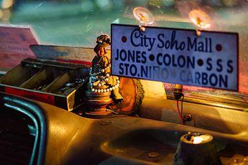 In de Jeepney van Ubo Pakes