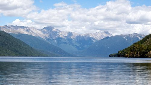 Lake Rotoroa, NZ van