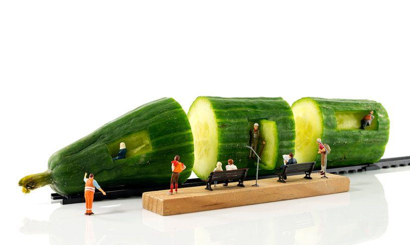 green train van Compuinfoto .