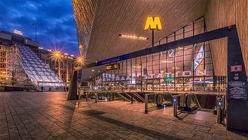 Metro Centraal Station Rotterdam van