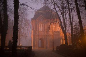 Romeins theehuis Echternach 's avonds en in de mist