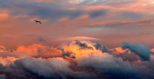 zonovergoten wolken